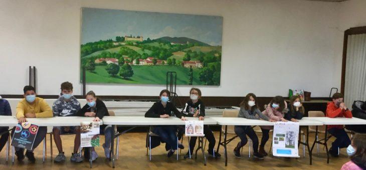 Reportage photo d'une journée d'élection : le conseil des jeunes